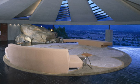 Lair Lounge